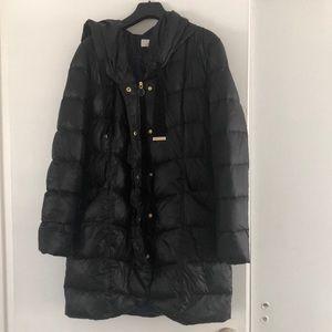 Tahari Black puffer coat